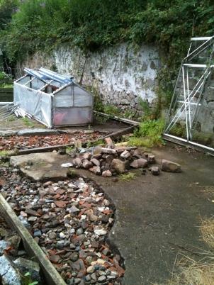Preparing a concrete base for the greenhouse