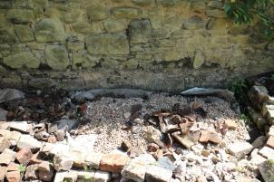 Gravel sink pit